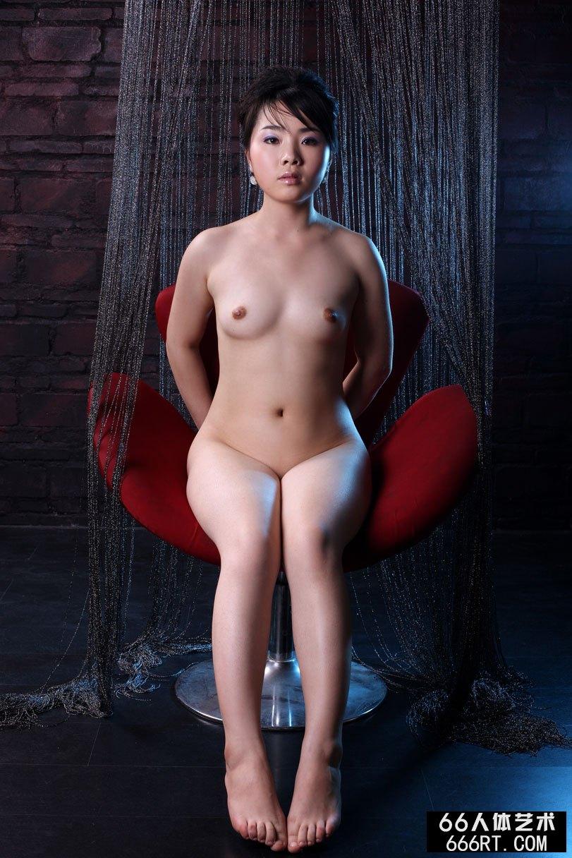 xixi模特莱莱09年2月15日室拍作品上