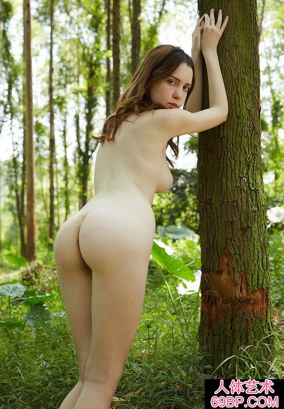 多位年轻裸模妖娆人体写真随选合集