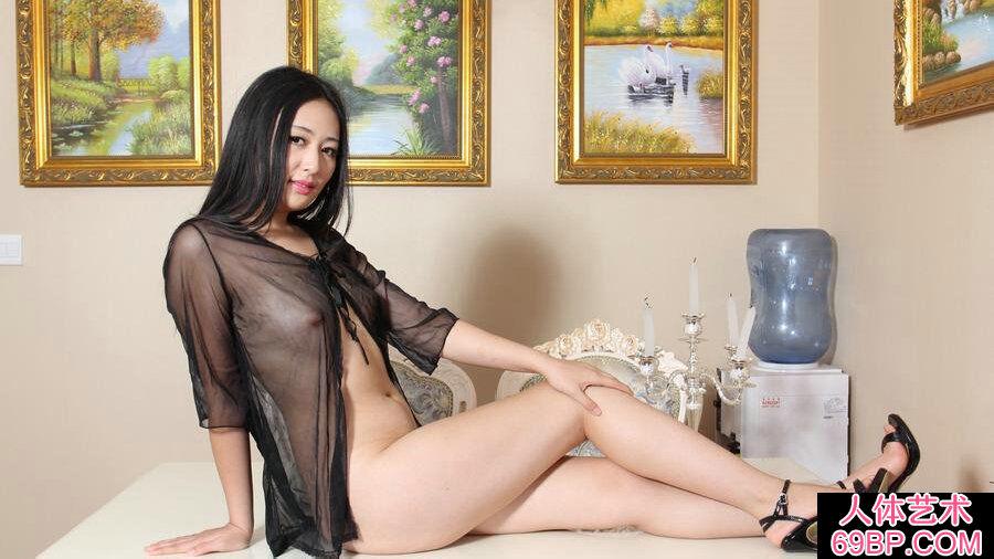 气质型贵妇思桐居家薄纱诱人人体,123人体艺术摄影