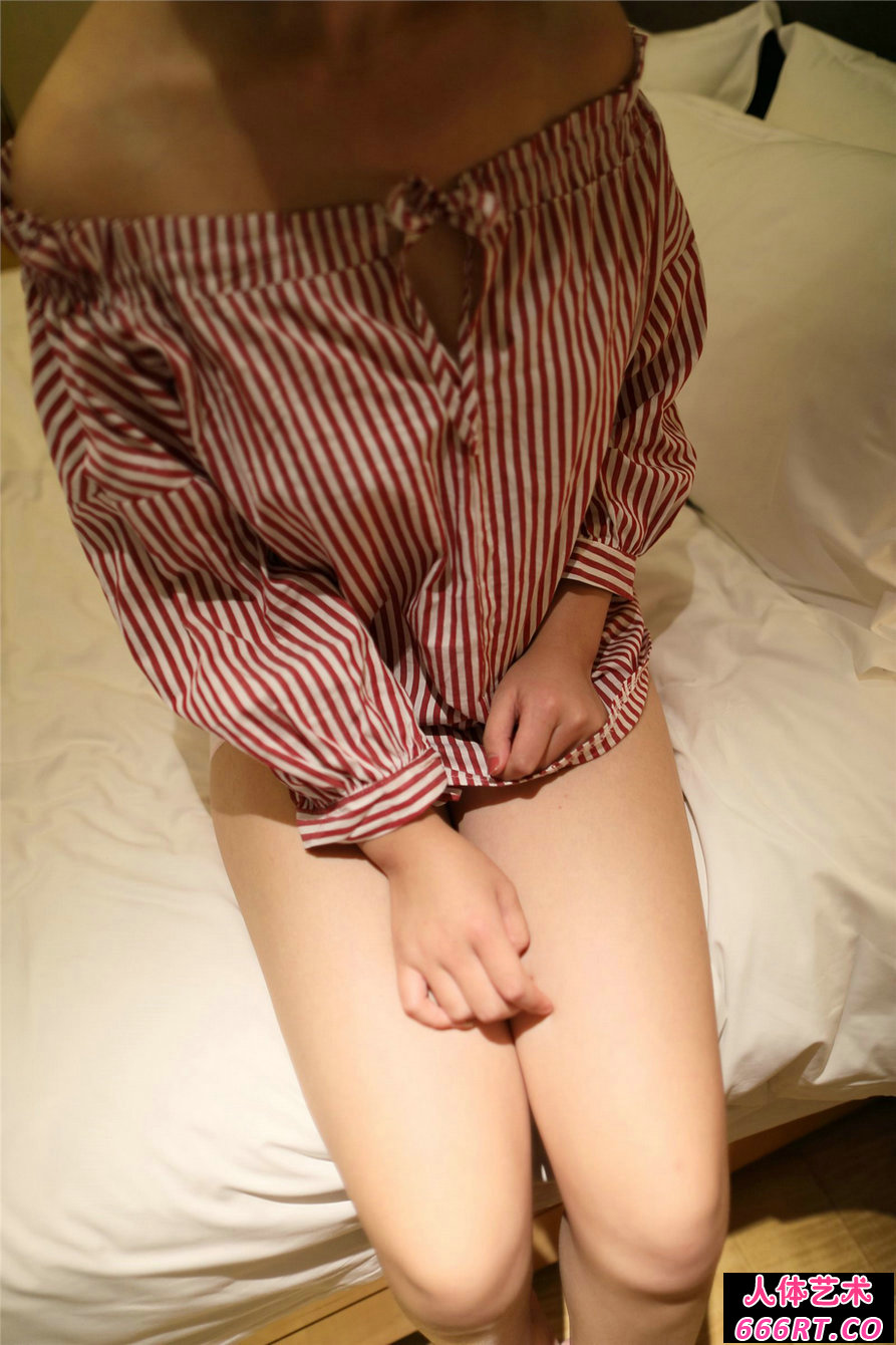 [ROSI摄影]NO.2188可爱学妹居家私密摄影